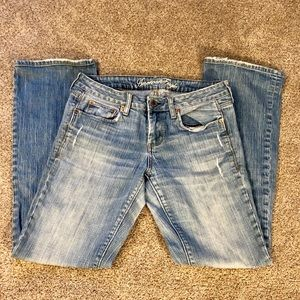 American Eagle bootcut jeans size 8